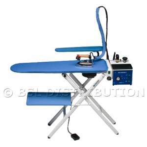 REMISE / DESTOCKAGE : Table à repasser pliante professionnelle 366.10 - A emboîtement  --> Avec plateau de repassage chauffant, aspirant