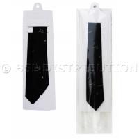 Porte-cravates et pochette plastique