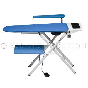 REMISE / DESTOCKAGE : Table à repasser pliante professionnelle 366.11 - A plancher --> Avec plateau de repassage chauffant, aspirant